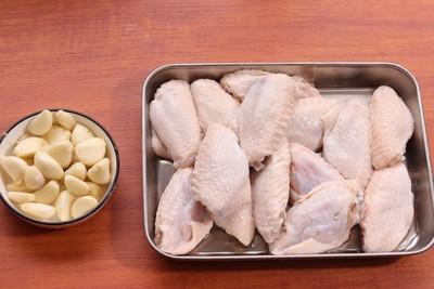 蒜蓉鸡翅怎么做 蒜蓉鸡翅的做法