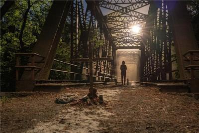 《寂静之地2》新预告曝光 怪兽来袭恐怖再升级