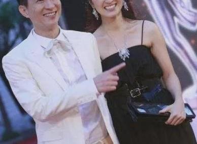 张家辉和关咏荷怎么认识的 竟然如此平淡相爱