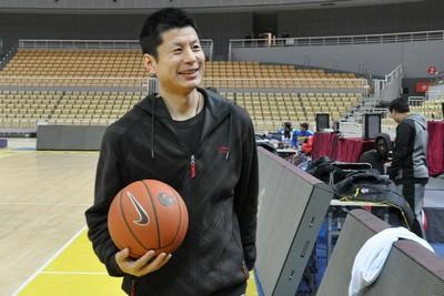 鞠维松加入广州男篮教练组担任助教  辅佐主帅郭士强